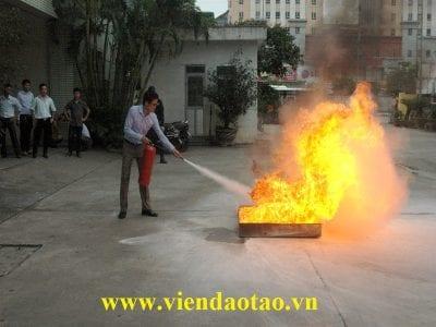 Lớp Phòng cháy chữa cháy tại TTTV trắc địa và xây dựng