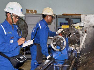 Khóa huấn luyện an toàn lao động cho các nhà máy, xí nghiệp sản xuất