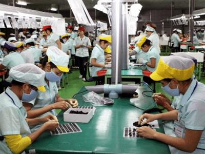 An toàn lao động là trên hết trong nhà máy, xưởng sản xuất